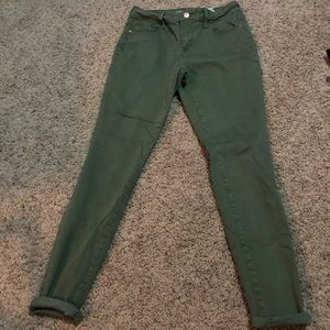 Old Navy Rockstar Mid-Rise Army Green Skinny Jeans